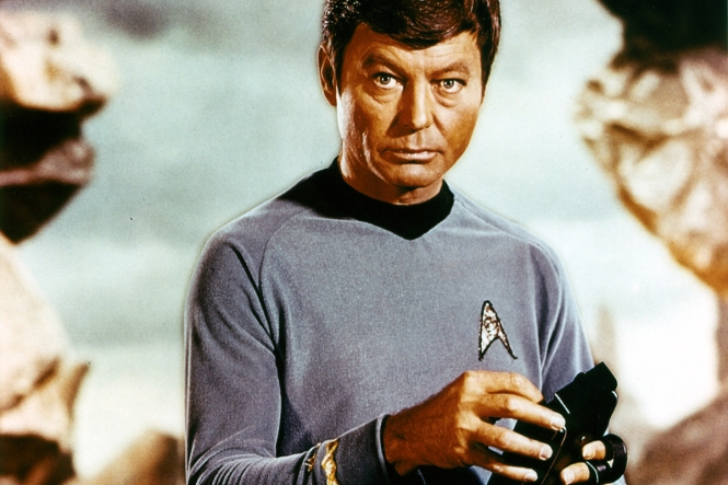 Star Trek DeForest Kelley  Credit:Paramount TV/Courtesy Neal Peters Collection